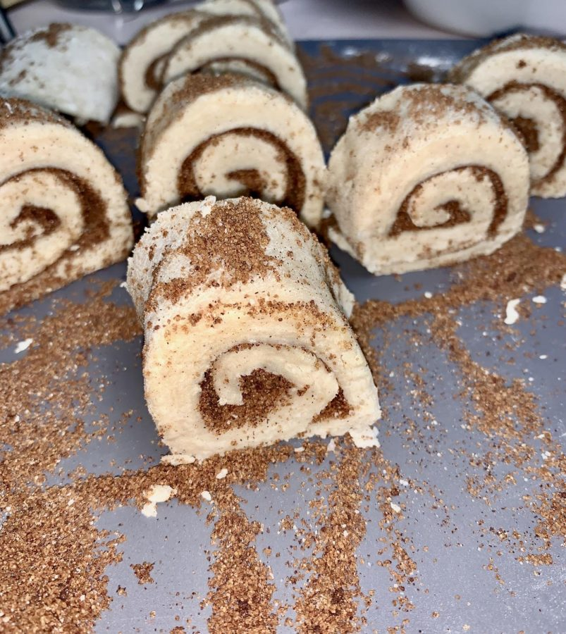 This is a close up image of the sliced rolls. I recommend sprinkling any leftover cinnamon-sugar mixture all over the rolls.