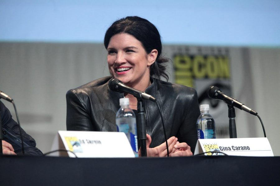 A photo of Gina Carano at Comic con in 2015.